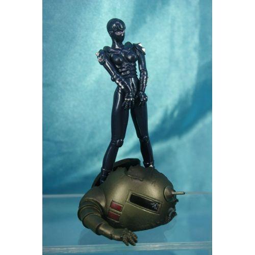 Broken Hand Version Noir /& Blanc Mirage Terminator 2 Figurine