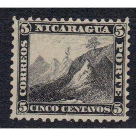 NICARAGUA 1862 : Armoiries : Bonnet phrygien au sommet du volcan Momotombo - Timbre 5 c. noir oblitéré cote 110 €
