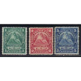 NICARAGUA 1882 : Armoiries : Union postal universal : Bonnet phrygien - Série de 3 timbres oblitérés