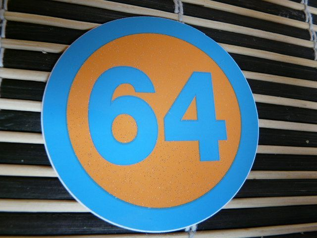 Prénom flammes personnsalible bicyclette trottinette moto sticker orange 8 cm