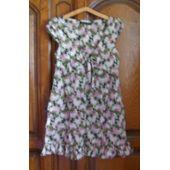 c952c9e5369e9 Robe Fleurie Marque Zara - Taille 40