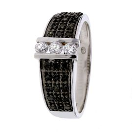 bague diamant noir soldes