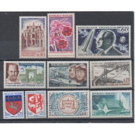 France 1966/1967: Lot de 10 timbres neufs N° 1468,1510,1519,1523,1524,1525,1526,1527,1528,1529