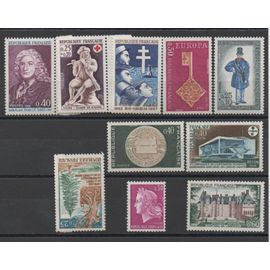 France 1967/1968: Lot de 10 timbres neufs N° 1532,1534,1540,1542,1549,1554,1556,1558,1559,1561