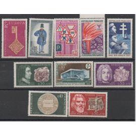 France 1967/1968: Lot de 10 timbres neufs N° 1532,1542,1545,1548,1549,1550,1551,1552,1554,1556