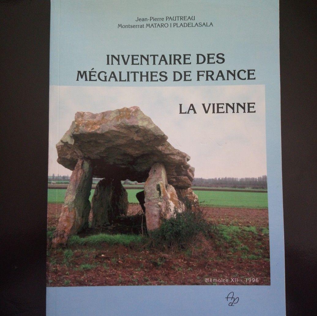Inventaire des Megalithes de France. la Vienne