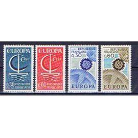 FRANCE EUROPA CEPT 1966 & 1967 NEUFS**