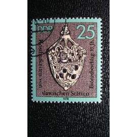 TIMBRE Allemagne - République Démocratique (DDR) (YT 1975 ) 1978 Raccords en bronze d'un fourreau d'épée