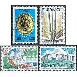 france, joli lot 1975, yvert 1838 journée du timbre plaque de facteur, 1854 service de déminage, 1855 villes nouvelles, 1856 pont de saint nazaire, obli. TBE