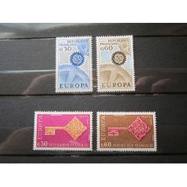 FRANCE. TIMBRES N°1521 et 1522 (1967). N°1556 et 1557 (1968). EUROPA