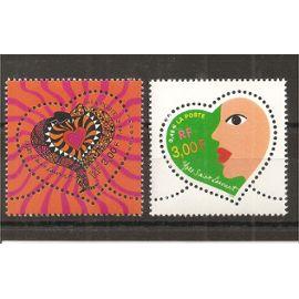 3295 et 3296 (2000) Saint Valentin Cœurs Yves Saint Laurent N** (cote 3e) (6337)
