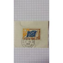 Lot n°623 ■ timbre de service oblitéré france n ° 18 ---- 20f ocre, bleu foncé et jaune-pâle