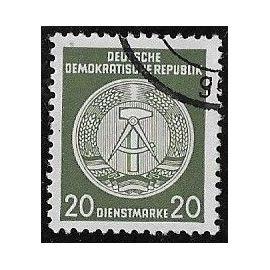 Timbre d'Allemagne de l'est N°S.50 D Y & T 20 p. vert-olive fond central ligné cadran débordant sur la droite armoiries