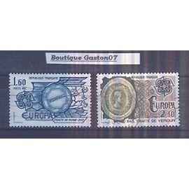 """FRANCE 1982: série """"Europa"""", """"Faits Historiques""""..Yvert & Tellier n° 2207, 2208...2 Valeurs oblitérées..."""