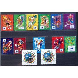 Coupe du monde 1998 , Lot de 13 timbres -2985-3010 à 3014 et 3074 à 3077-3130-3131-3170-3139