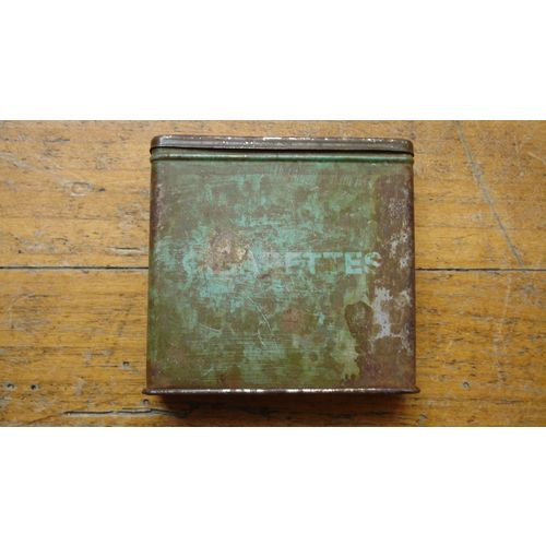 ancienne boite pyrogene metal tole ration cigarettes,ca 1940/british army  WWII cigarettes ration tin