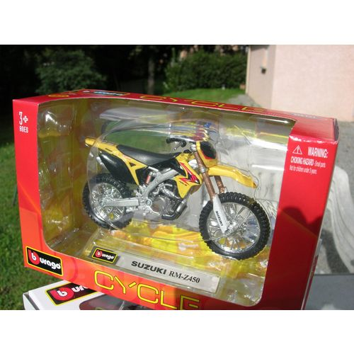 BURAGO 1//18 MOTO SUZUKI RM-Z-450 JAUNE