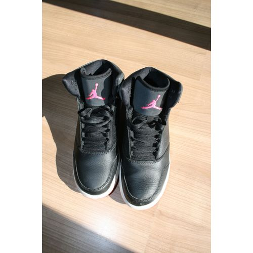 magasin en ligne 18c25 3dd4c chaussure femme basket Jordan T38