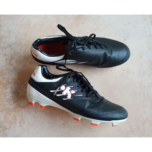 best loved exclusive shoes good texture Chaussures de football Kipsta Pointure 36 noires à crampons TBE