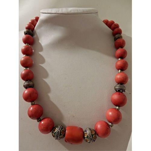 design de qualité 7bd36 ffcce Collier tibet ancien en perles de corail rouge - artisanat du tibet