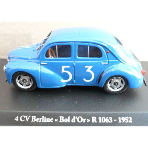 1//43 RENAULT 4 CV VERTE  PLASTIQUE ANNEES 60