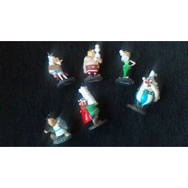LOT ASTERIX   JEUX   D/' ECHEC 5 FIGURINES