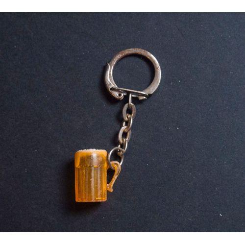 check out timeless design official site Porte clef vintage ancien - fun, rigolo - forme chope de bière - plastique