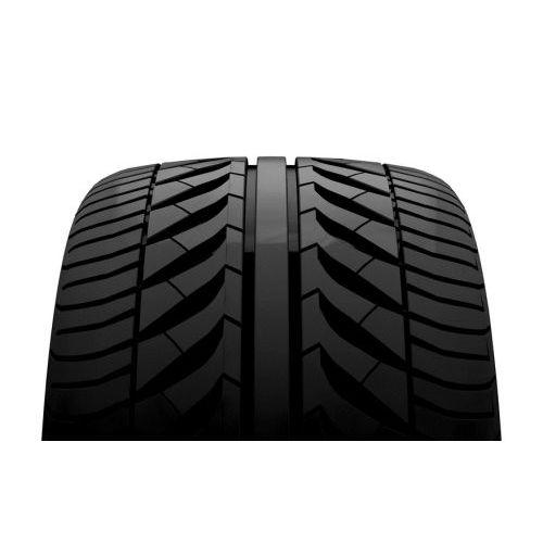 Bridgestone Blizzak LM-80 Evo C//E//72 4x4 Winter Tire 215//70//R16 100T